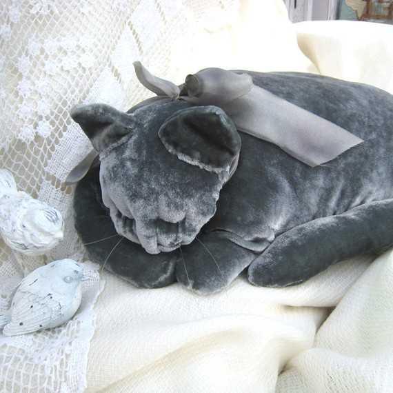 Подушка своими руками с рисунком выполненным акриловыми красками